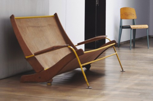 jean prouv exhibition at jousse entreprise thenextdoor. Black Bedroom Furniture Sets. Home Design Ideas